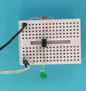 LED breadboard circuit