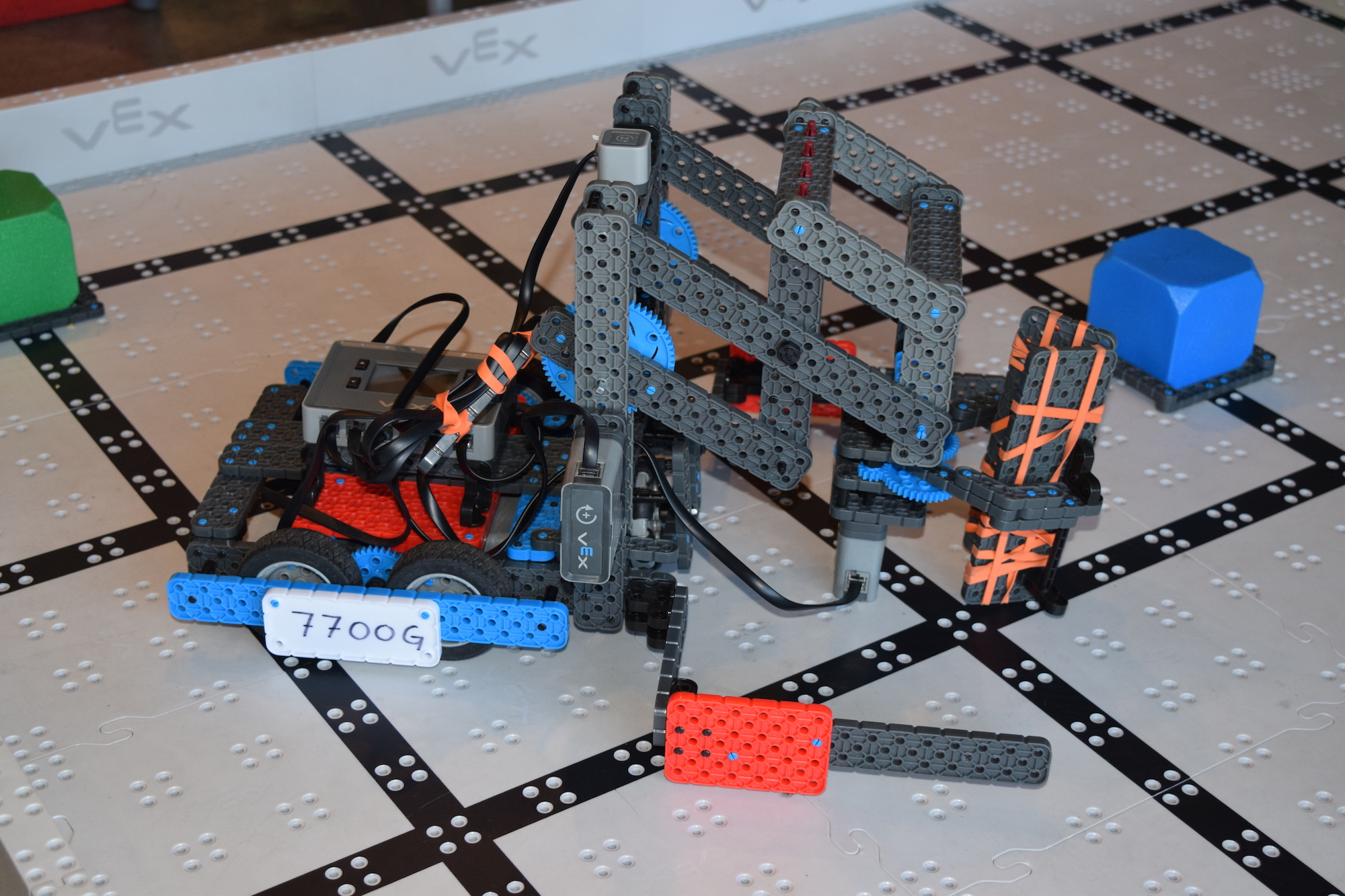 Competition Training with VEX Robotics Summer Camps | Rolling Robots